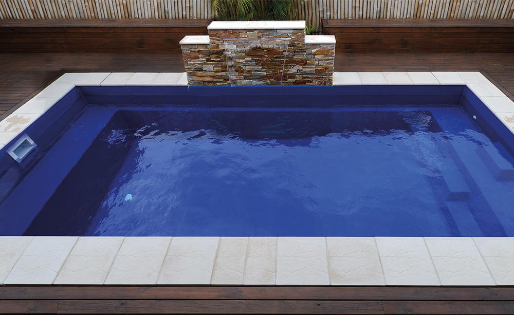 Avanti-Fibreglass-Pool