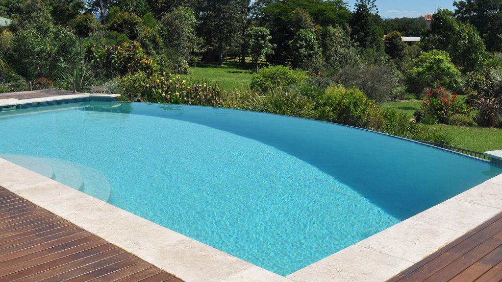 Concrete swimming pool construction port macquarie for Concrete swimming pool construction
